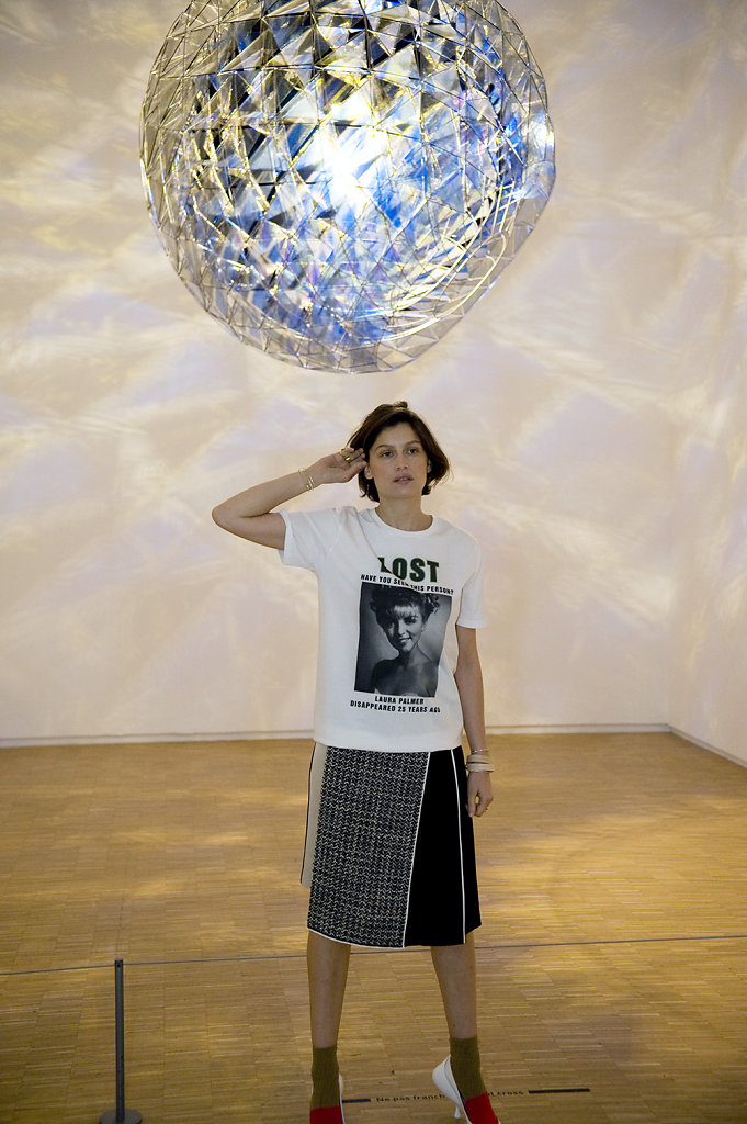 Laetitia Casta Olafur Eliasson Cold Wind Sphere Centre Pompidou Paris 2016